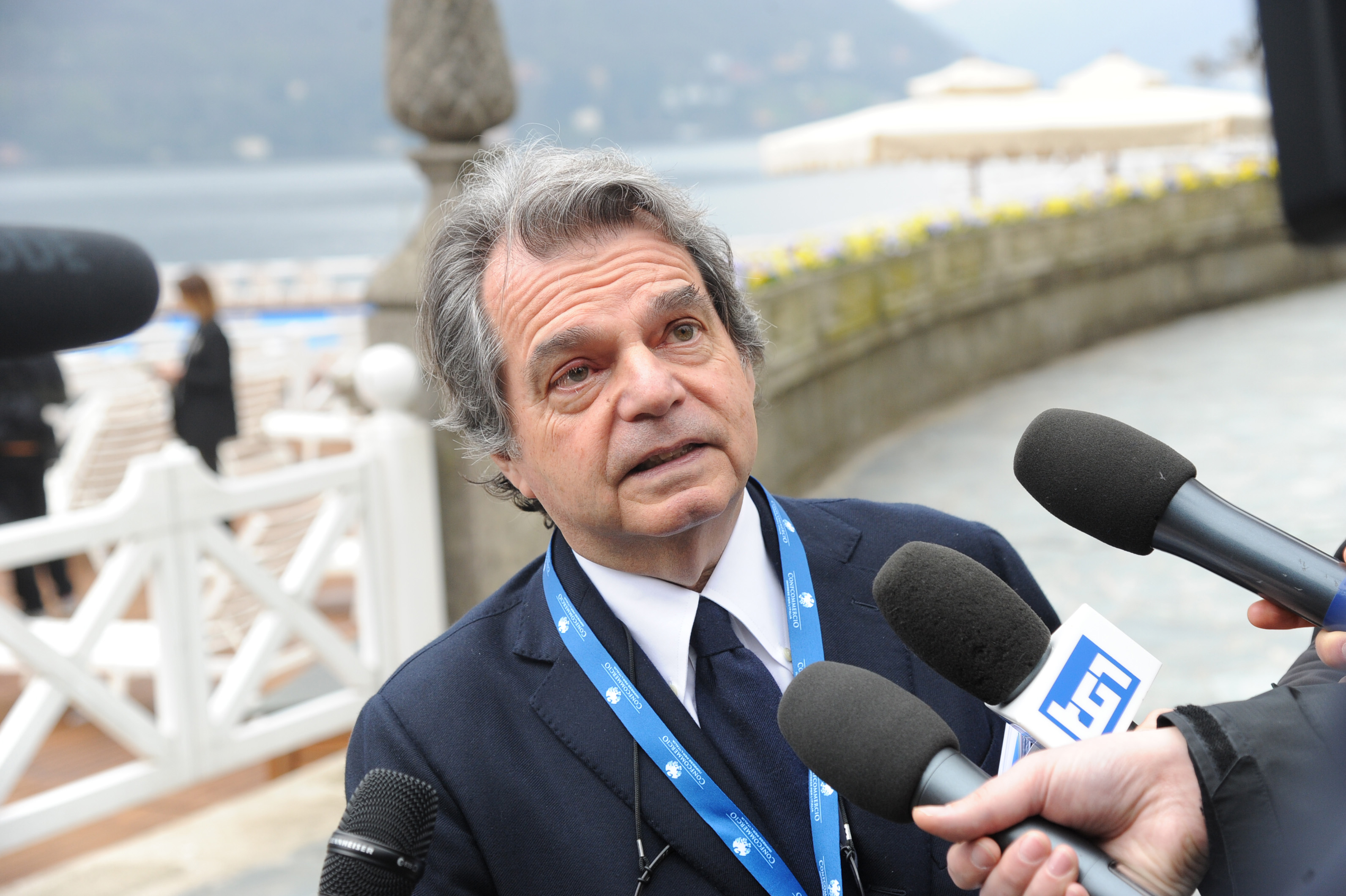 """Ponte sullo Stretto, Brunetta: """"Renzi depista per non parlare del referendum"""""""