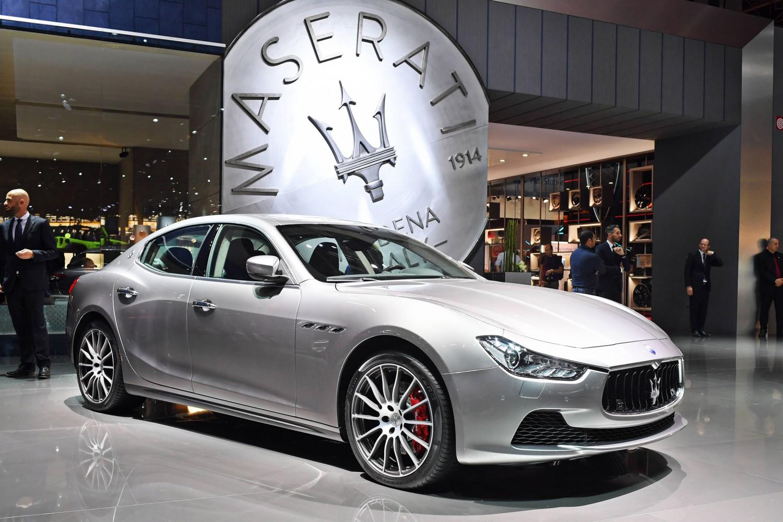 Maserati Ghibli Indossa L 39 Abito Da Ammiraglia