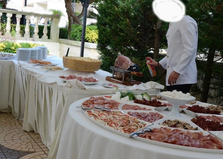 Pranzo A Buffet Milano : Aperitivo buffet maya milano navigli darsena foto di maya