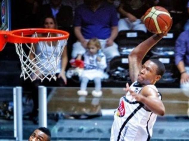Tragedia nel basket: Moore e quell'ultima schiacciata fatale