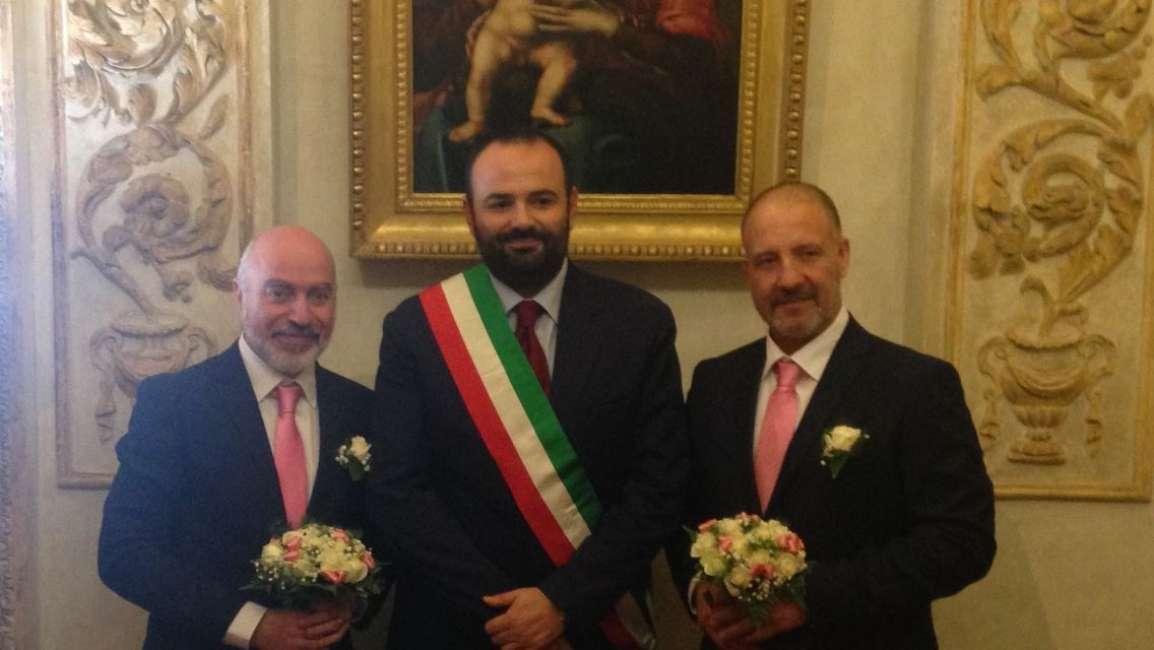 Il cugino di Totti si sposa: è la prima unione gay a Monterotondo