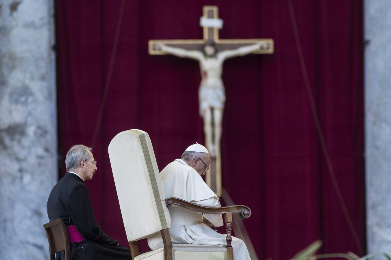 """Il Papa chiede più accoglienza: """"Anche Maria è stata migrante"""""""