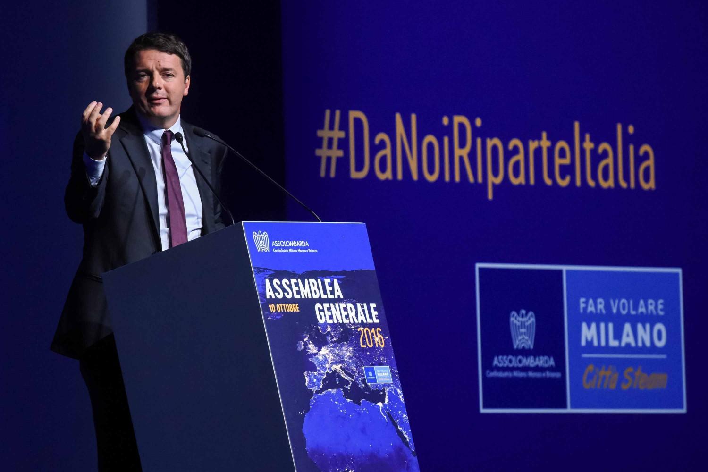 """Renzi: """"Concorsi per 10mila posti in forze dell'ordine e sanità"""""""