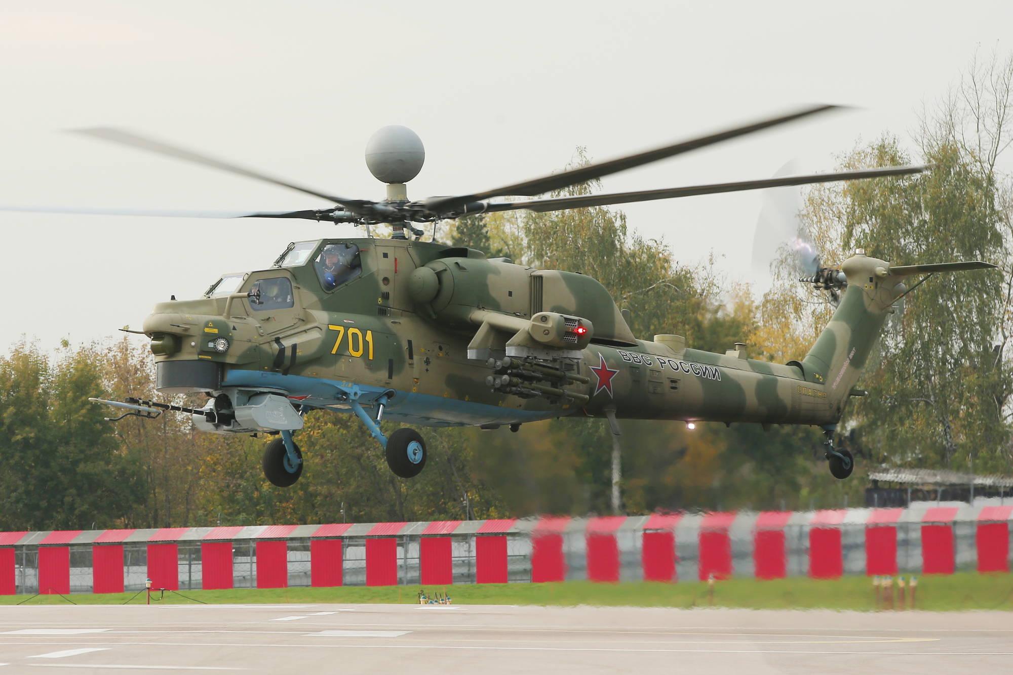 """""""I nostri militari in Lettonia? Un boomerang per l'Italia"""""""