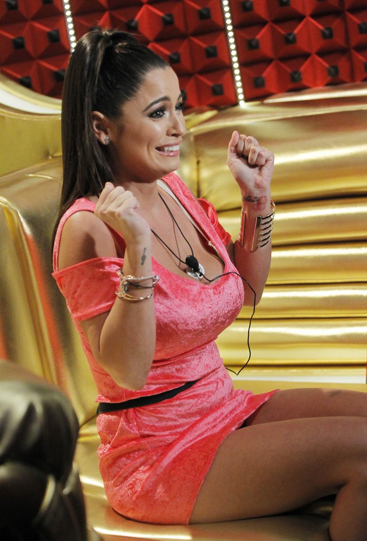 Alessia Macari Calendario.Alessia Macari E La Prima Finalista Del Grande Fratello Vip