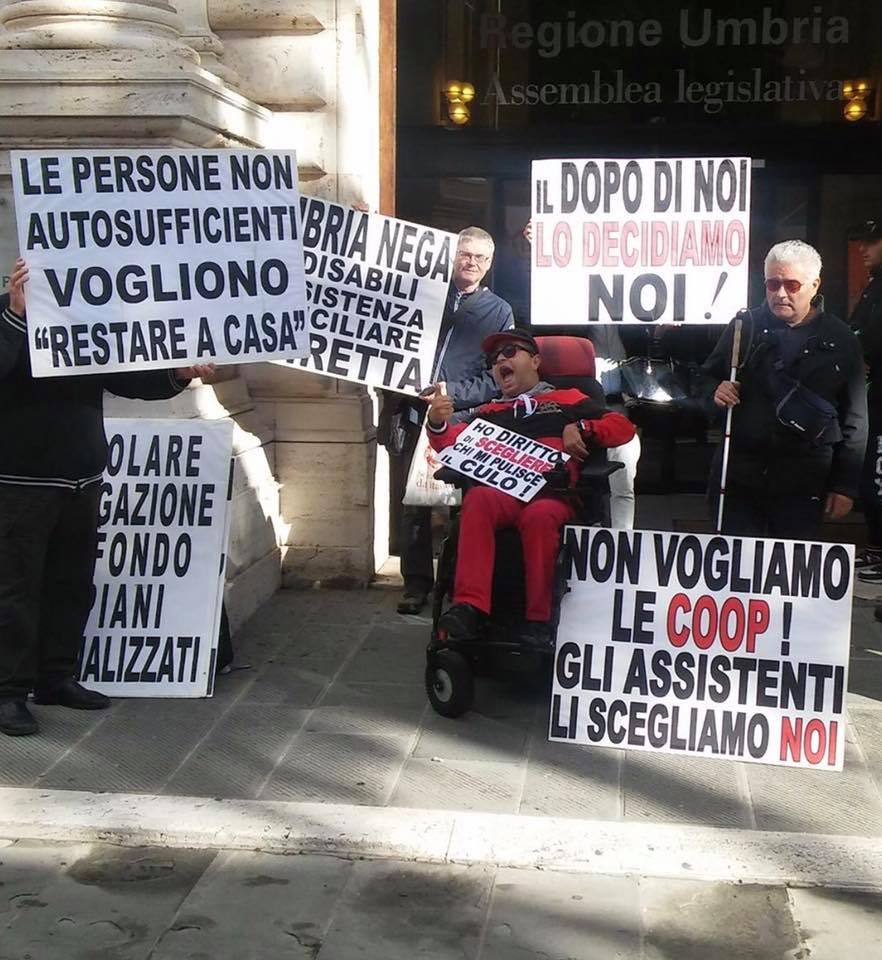 """La rivolta silenziosa dei disabili: """"Noi non vogliamo più le coop"""""""