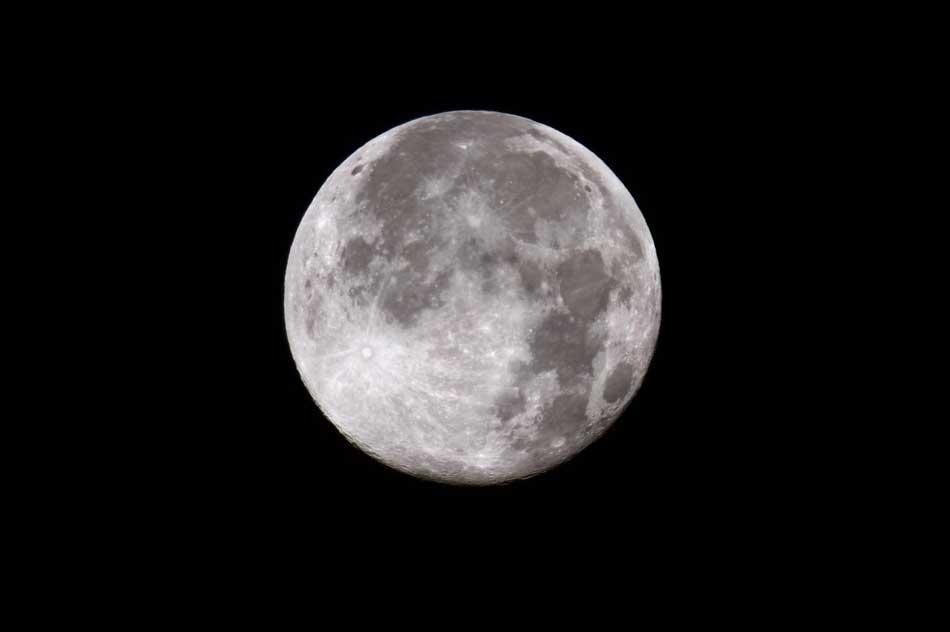 Superluna, stanotte lo spettacolo della Luna più grande degli ultimi tempi