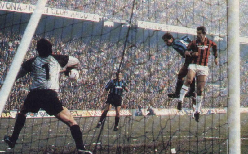 """La """"voce"""" di San Siro: """"Il derby di Milano? Speriamo lo vinca la Juve..."""""""