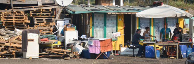 Bari, sgomberato il campo rom: era un macello a cielo aperto