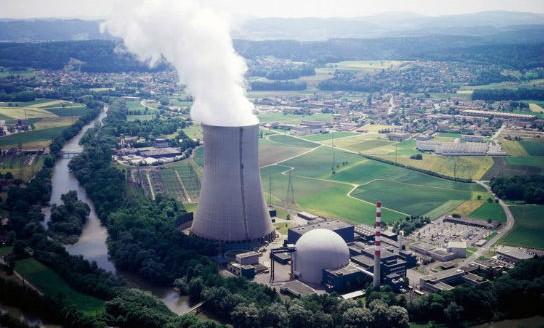 La Svizzera resta nucleare: bocciato il referendum che chiedeva lo stop