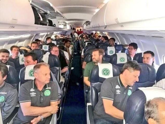Colombia, precipita un aereo: a bordo una squadra brasiliana