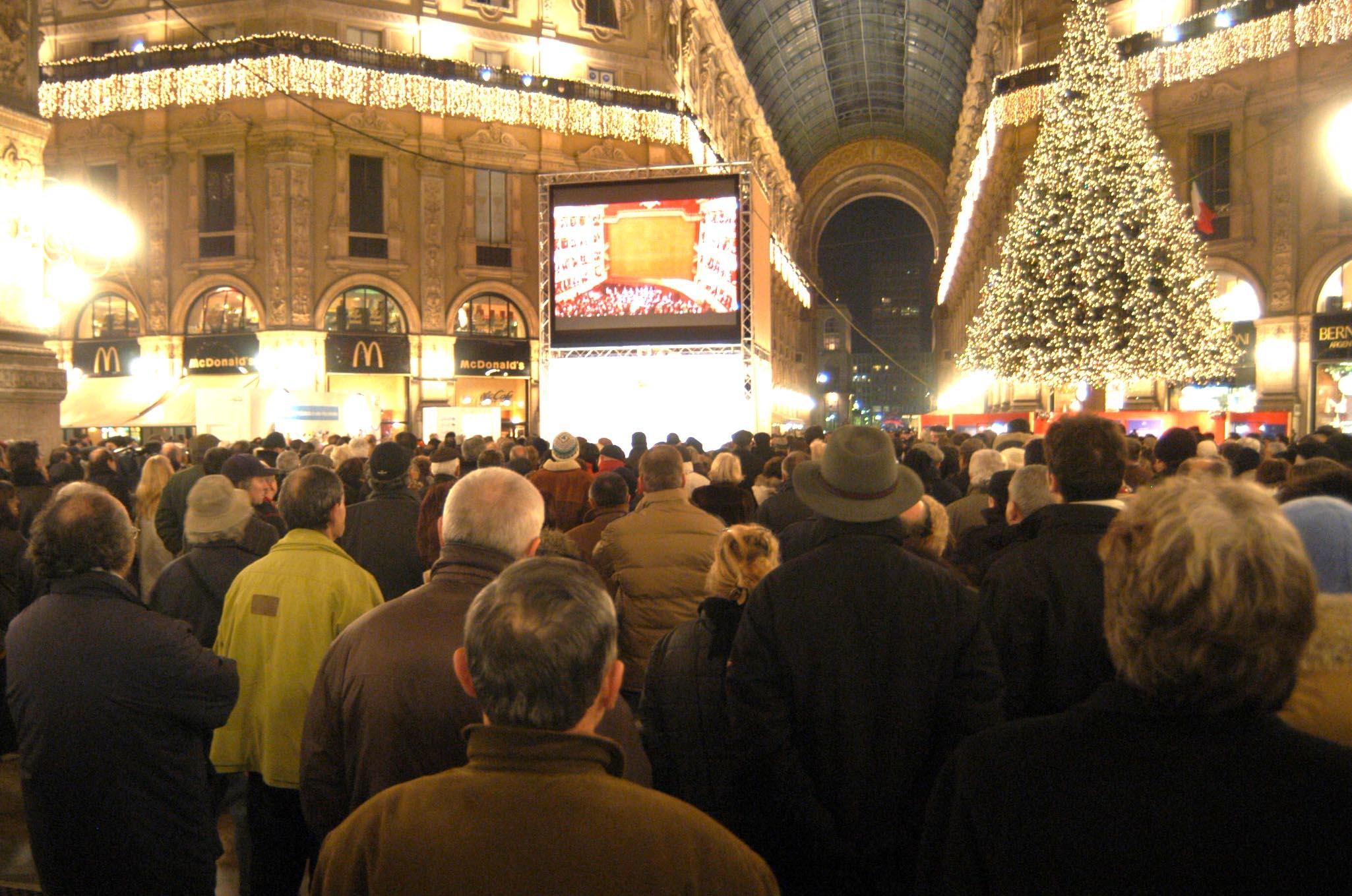 Teatri mercati e metr cinquanta eventi in citt per la for Mercati oggi a milano