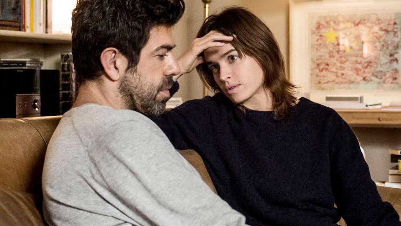 Il film del weekend moglie e marito - Video marito porta la moglie a scopare ...