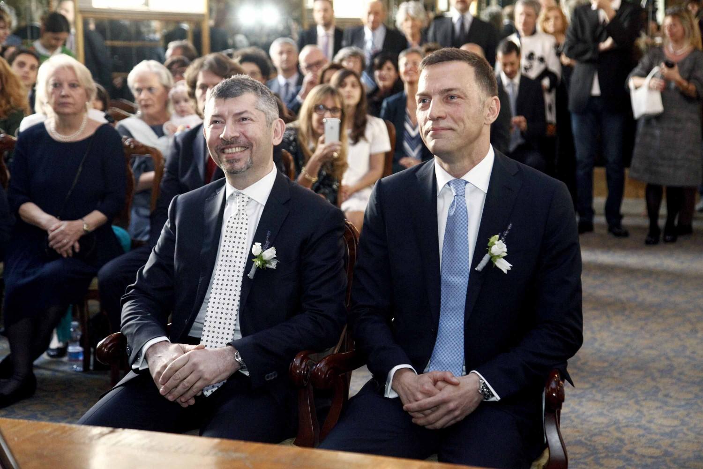 Matrimonio In Italia Con Cittadino Americano : E in italia prime nozze gay nel governo scalfarotto