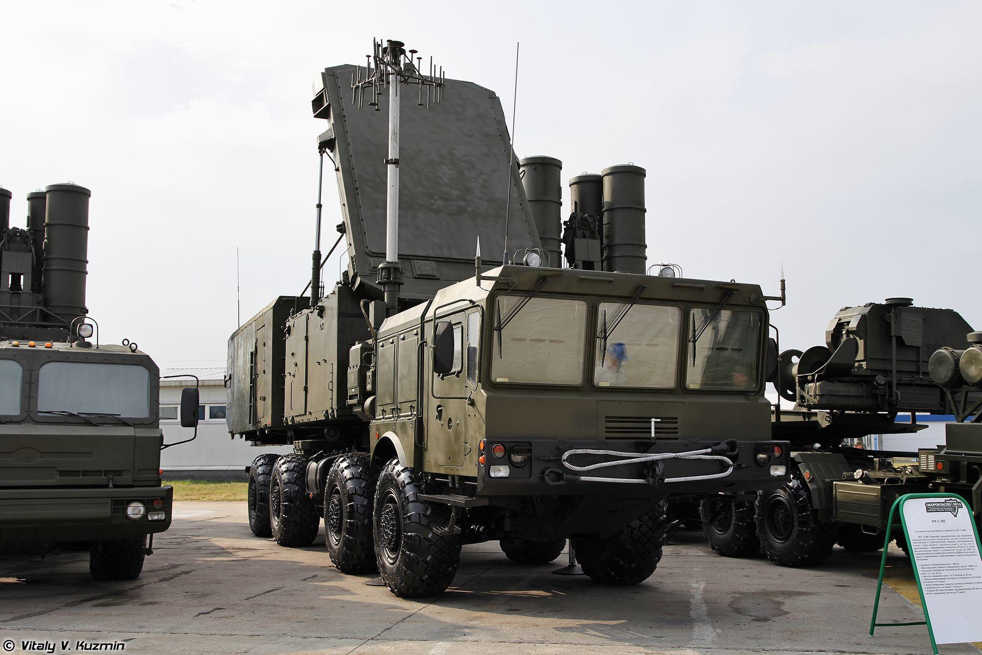 Guerra fredda missili di mosca puntati su berlino for Salone del mobile wikipedia