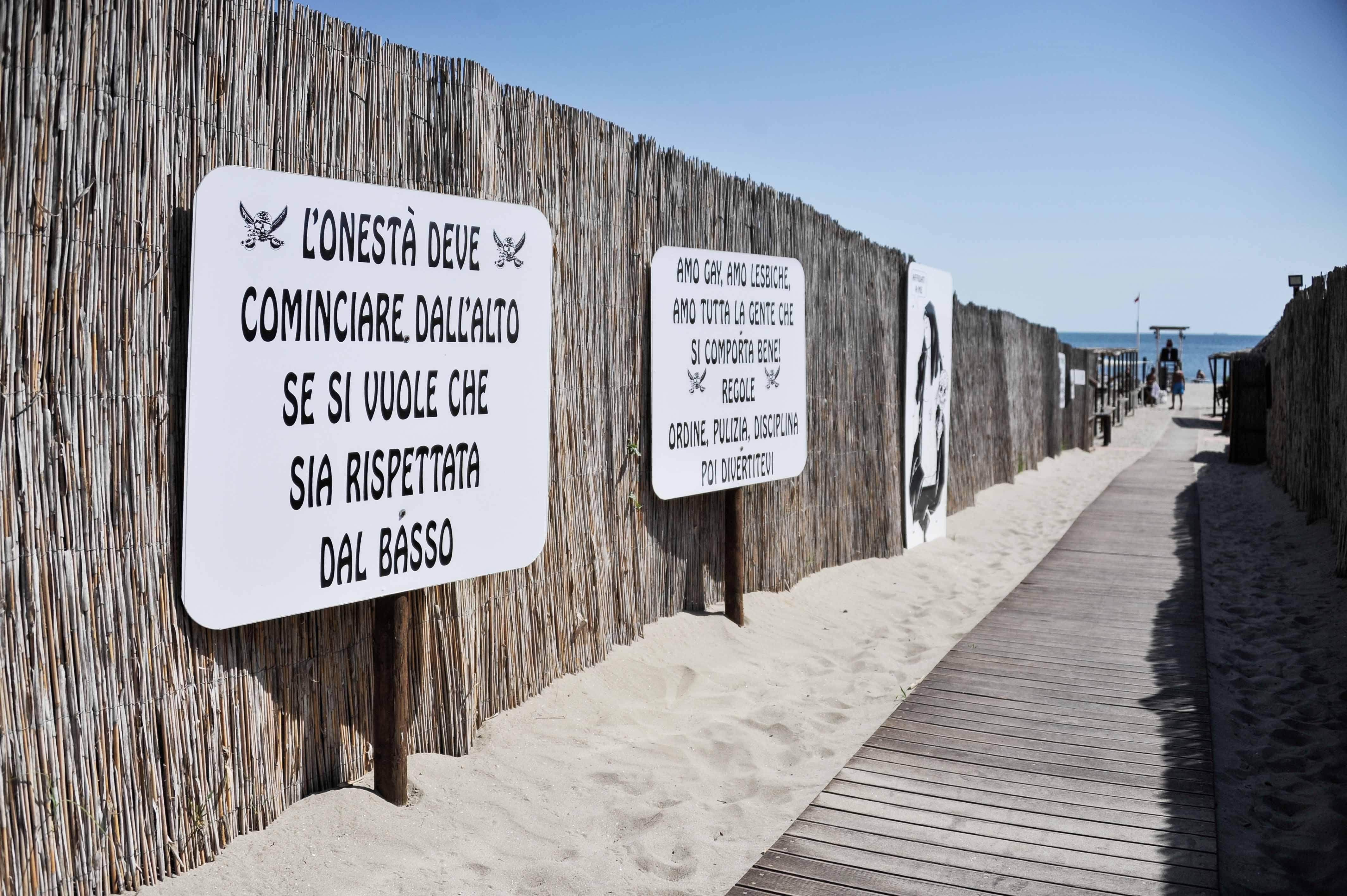 Repubblica all 39 ultima spiaggia chioggia la nuova norimberga - Bagno punta canna sottomarina ...