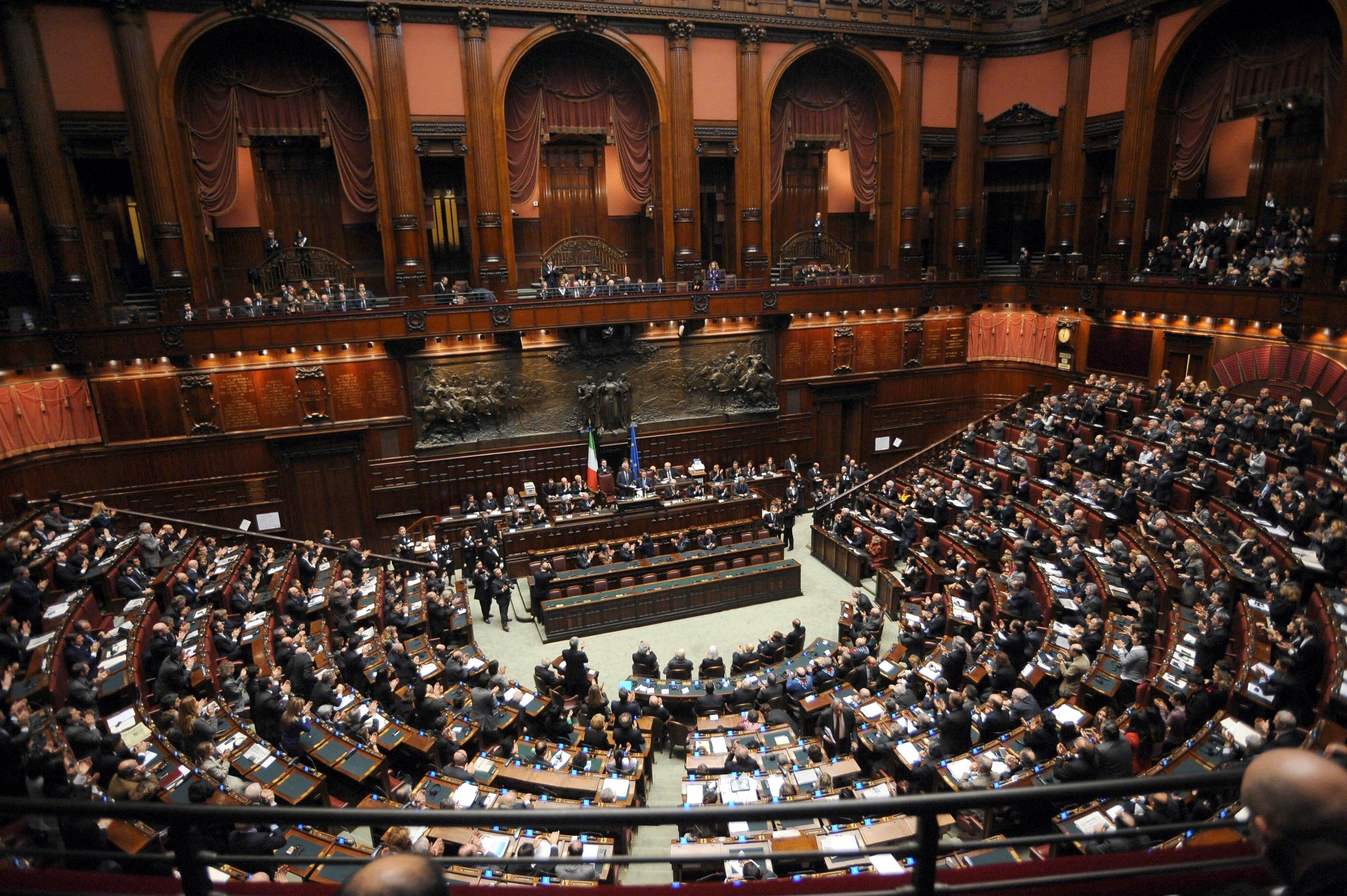 Rosatellum bis boldrini stoppa il m5s e mdp for Numero parlamentari m5s
