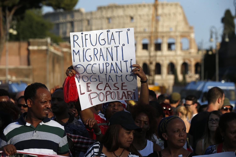 Quei profughi a vita se lo status di rifugiato diventa for Permesso di soggiorno status