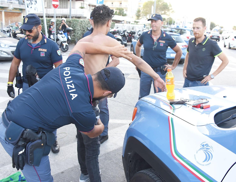 Roma lo stupratore bengalese come butungu ha un permesso for Permesso di soggiorno per motivi umanitari
