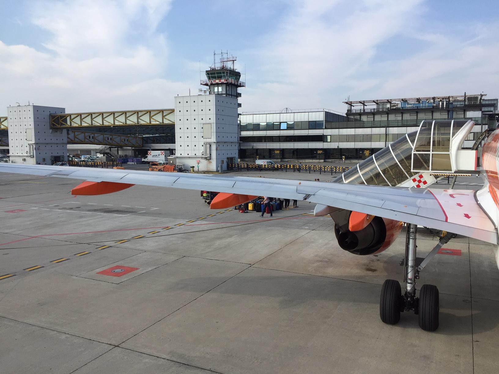 Aeroporto Milano Malpensa : Linate e malpensa online la guida digitale per passeggeri