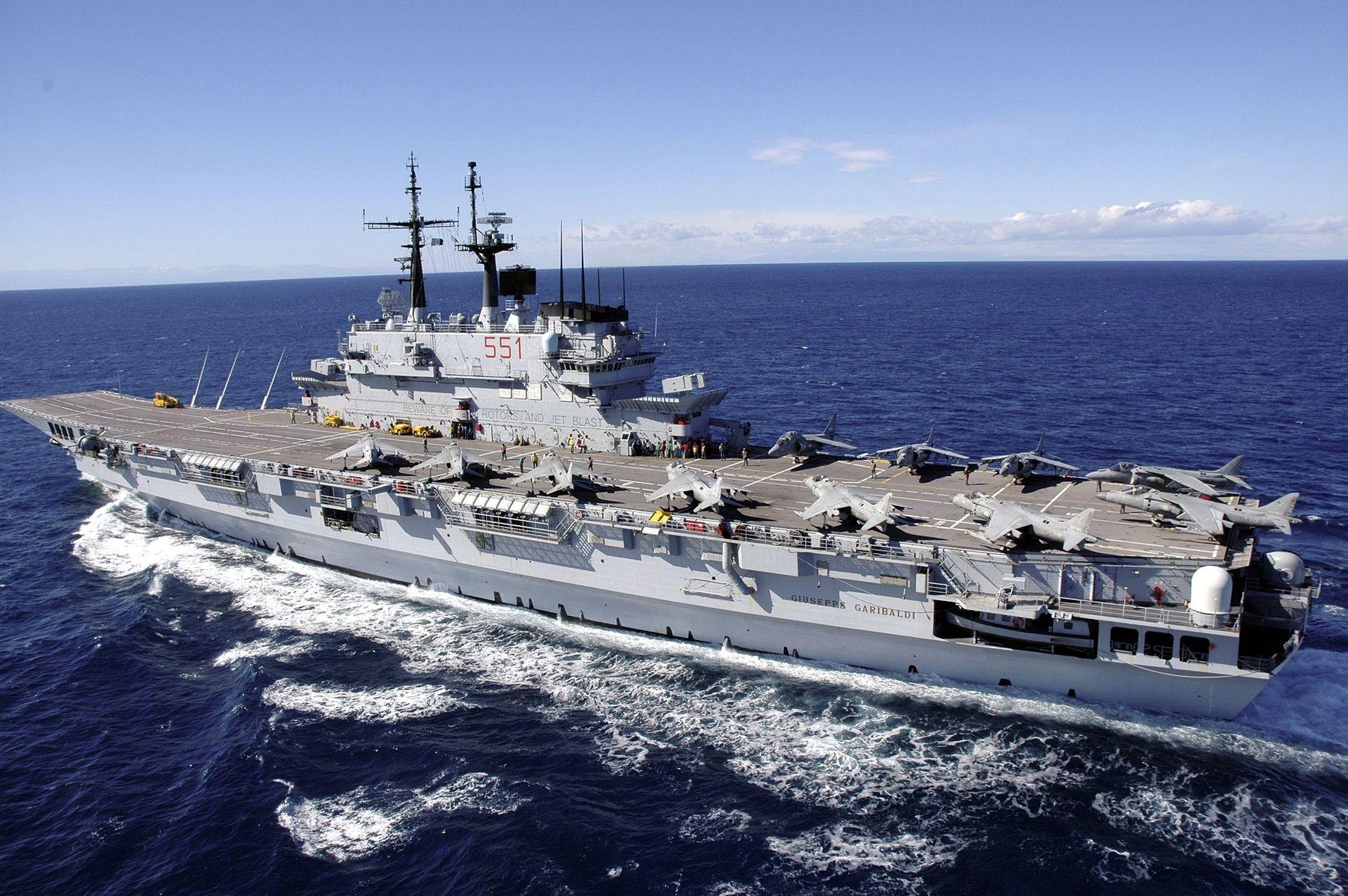 Cambia il nome della nuova nave bufera in marina l 39 ira - Nuova portaerei ...