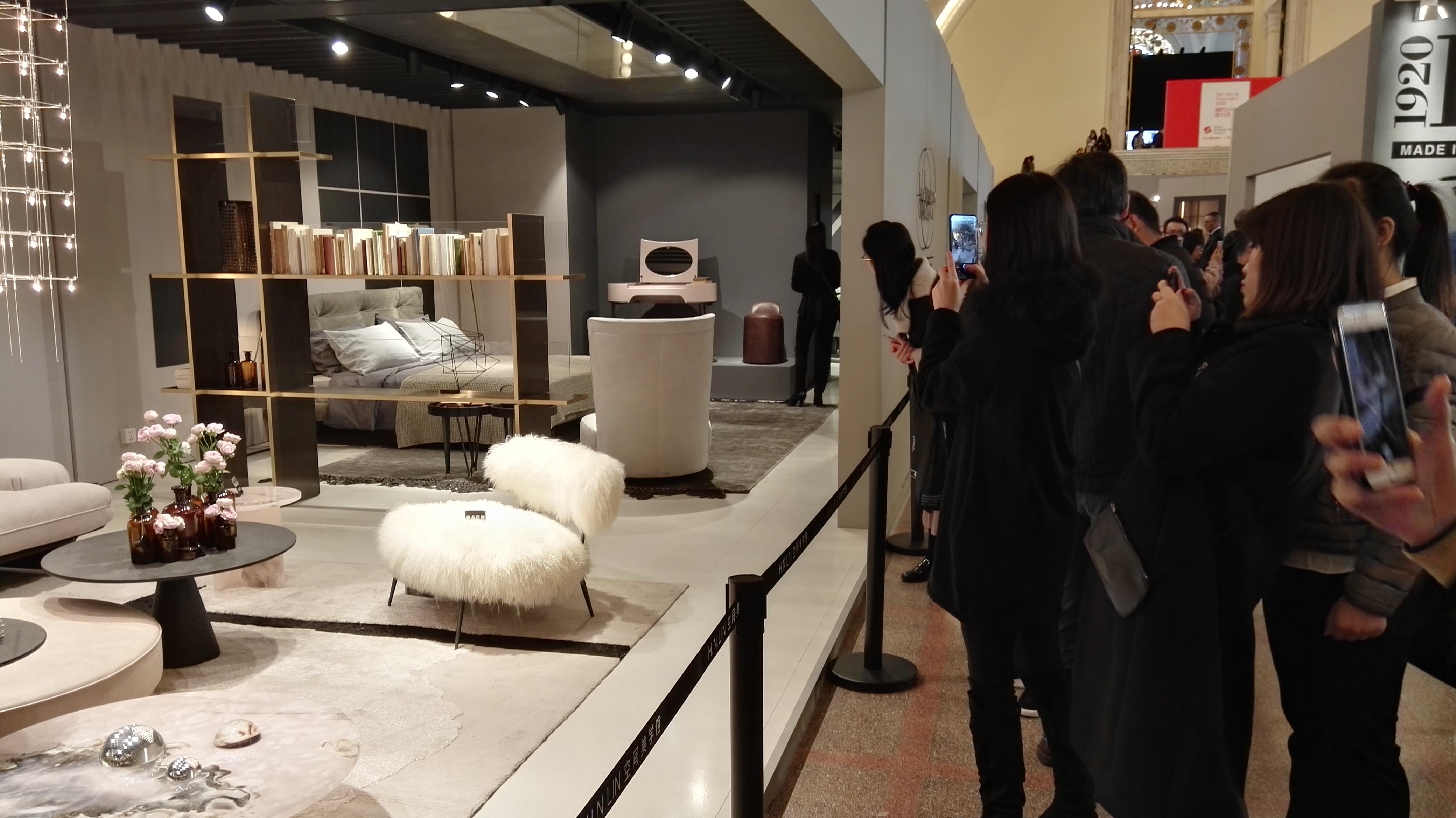 Luti dal salone di shanghai la spinta perfetta per for Salone mobile shanghai