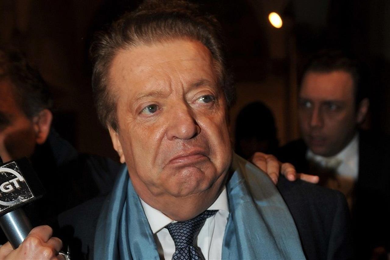 Vittorio cecchi gori valeria marini non mi rispondeva al telefono - Valeria allo specchio ...