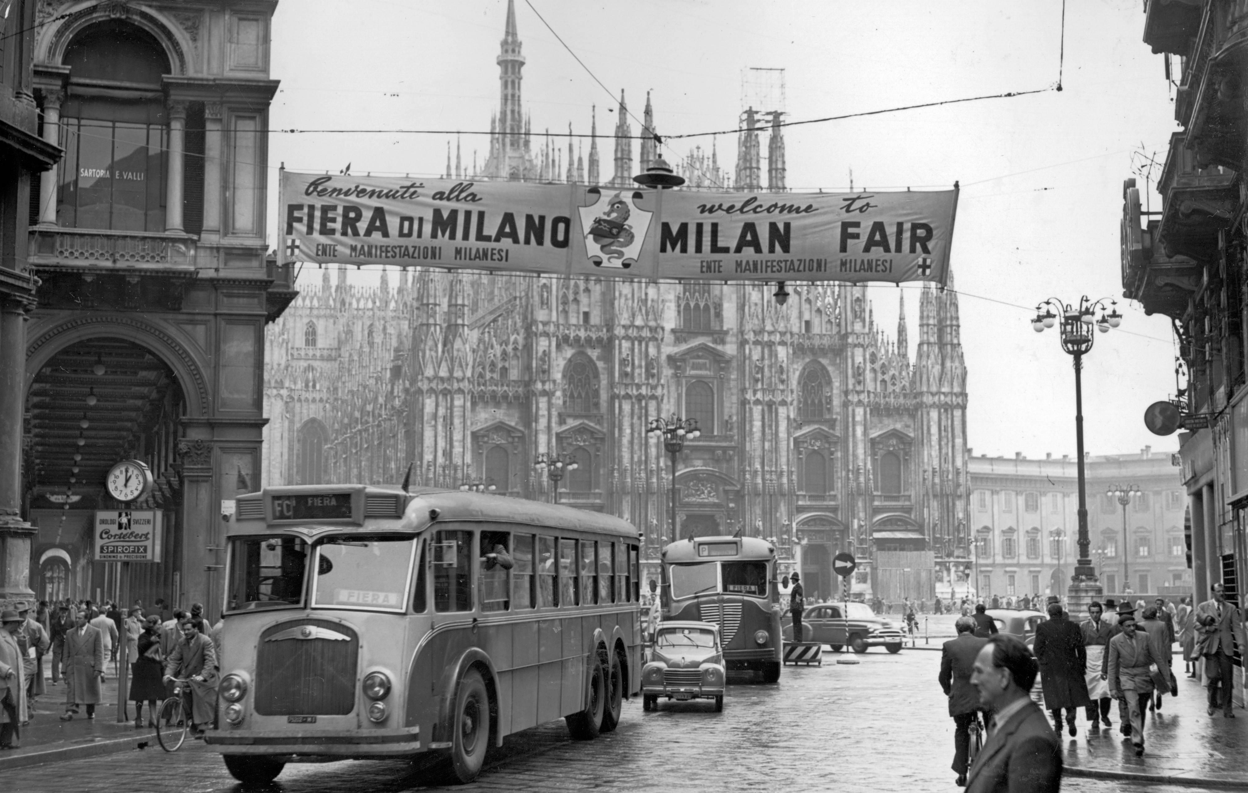 Archivi fotografici nasce la biblioteca della memoria for Milano fiera