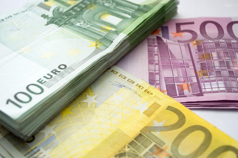 http://www.ilgiornale.it/sites/default/files/foto/2018/09/24/1537775959-money-2665826-960-720.jpg