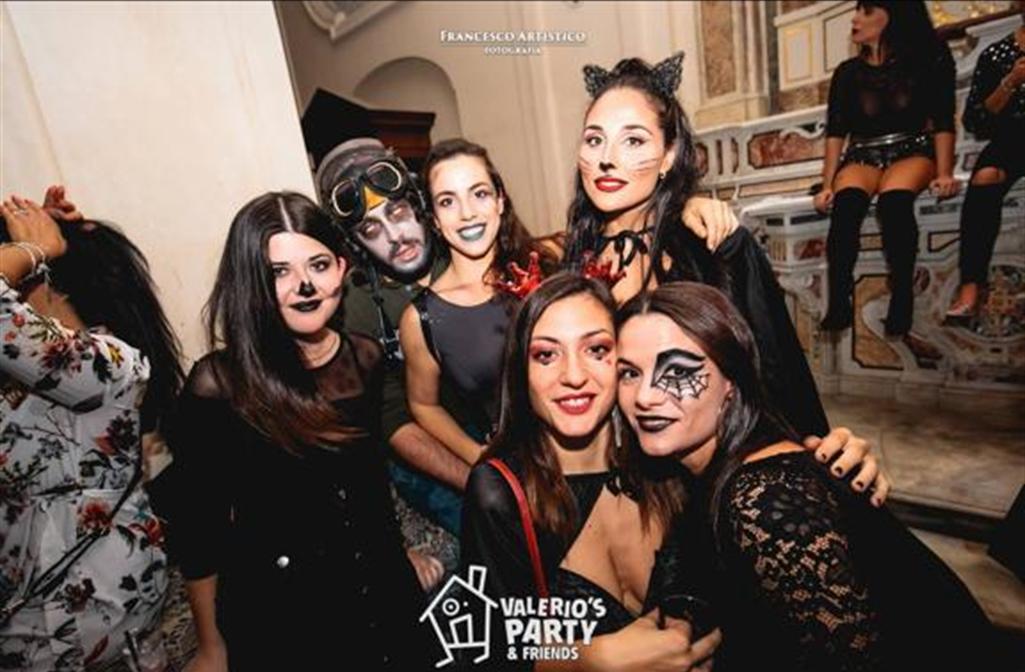 Halloween Chiesa.Quei Party Privati E Blasfemi Nelle Chiese Di Napoli Ilgiornale It