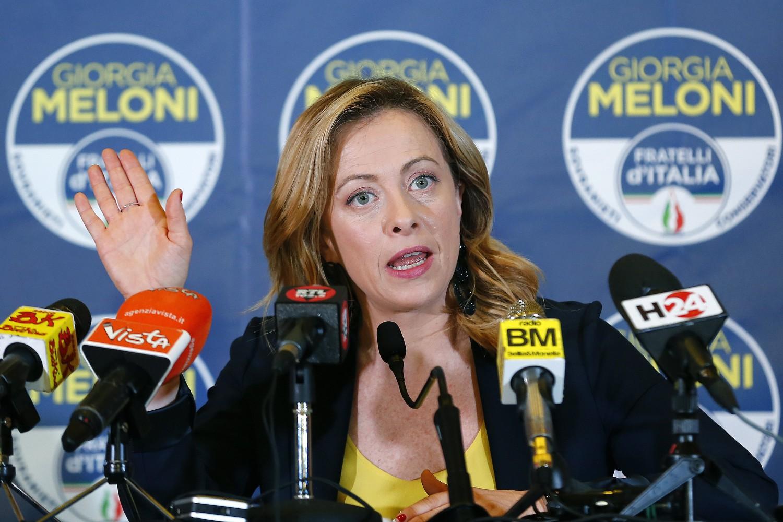 """Meloni: """"Conte difende poltrone M5S, noi per elezioni subito"""""""
