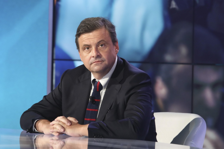 "Bimba Bibbiano a Pontida, l'attacco di Calenda: ""È uno schifo"""