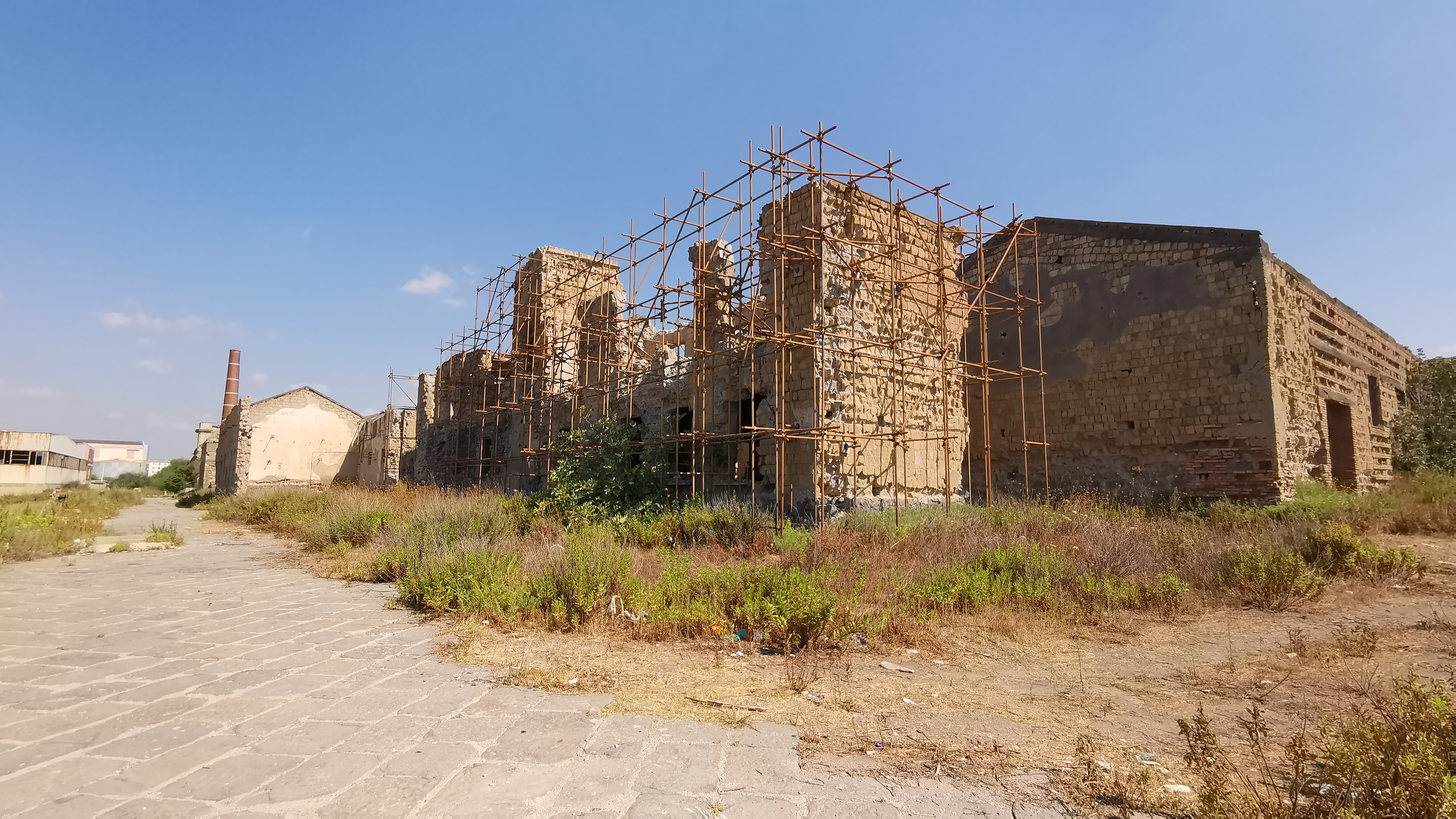 Napoli l 39 ex sito industriale bene storico abbandonato dal for Sito storico