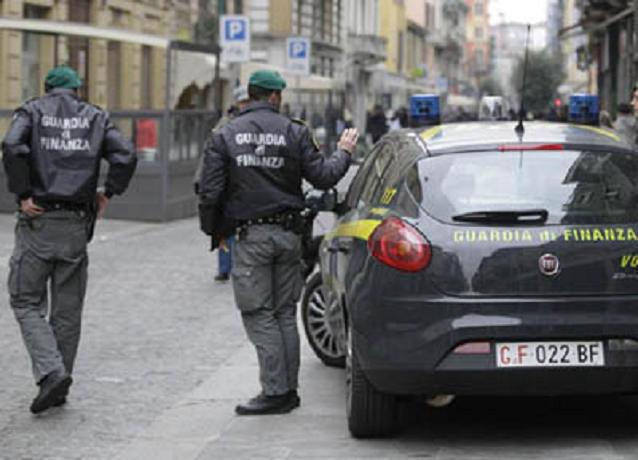 Soldi per evitare manutenzione delle strade: arrestati 3 dipendenti Anas