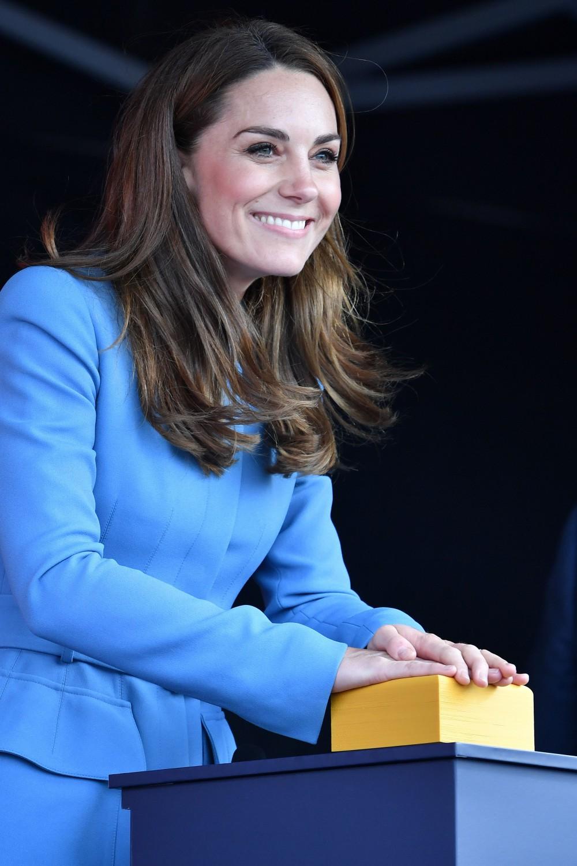 Kate Middleton cambia look e dice addio ai tacchi alti
