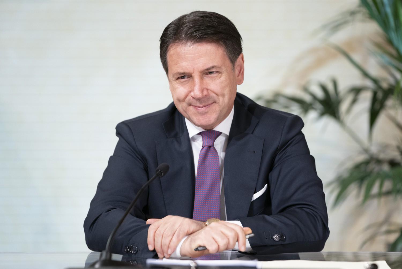 Arriva l'aumento per i dirigenti di palazzo Chigi: oltre mille euro in più al mese