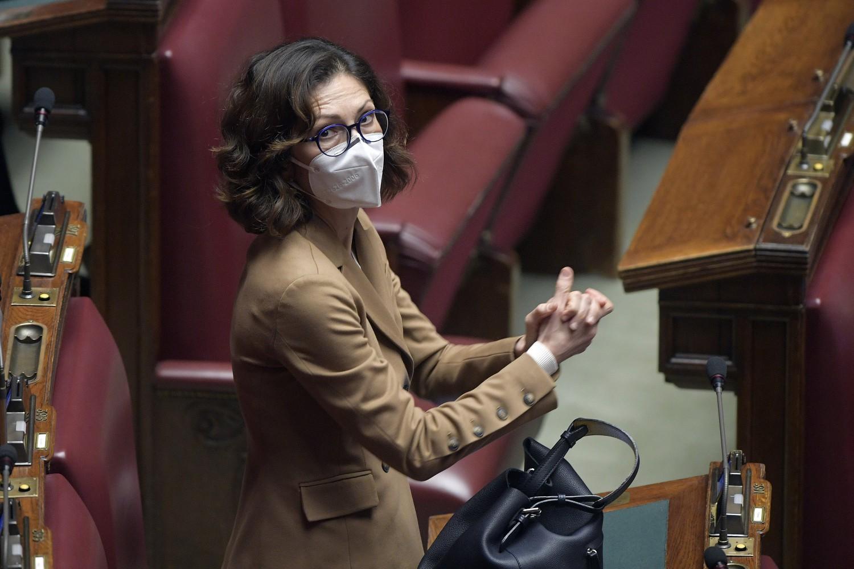 Mariastella Gelmini è ministro per gli Affari regionali