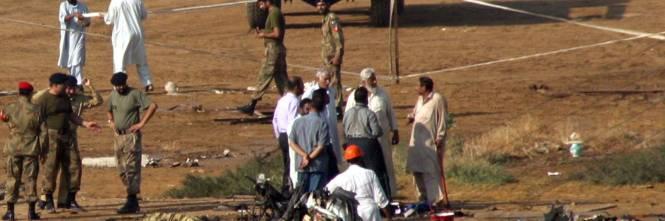 Aereo Privato Eni : Pakistan cade aereo noleggiato dall eni tra i morti
