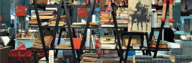 Usato da leggere i libri nelle piazze e le rarit in fiera for Mercato del mobile usato milano