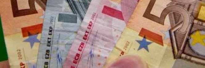 33613141a9 Ecco perché il Giornale ha deciso di concentrare in questa pagina, sette  consigli pratici per investire gli ultimi euro che ci sono rimasti in tasca  dopo ...