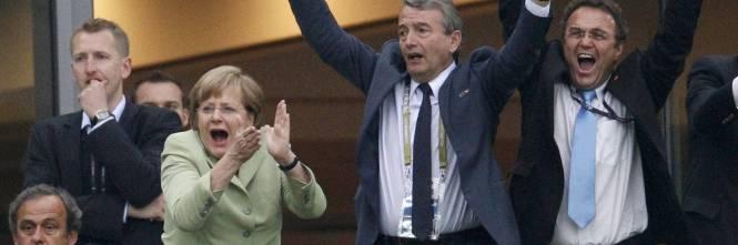 La Germania è in semifinale:umiliata (ancora) la GreciaE la Merkel ...