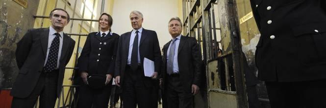 Consiglio comunale in carcere: «pene alternative alla cella»