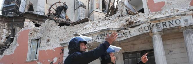 Bagno Moderno Di Pedrelli Filippo.Terremoto Dell Aquila Condannati Membri Commissione Grandi Rischi