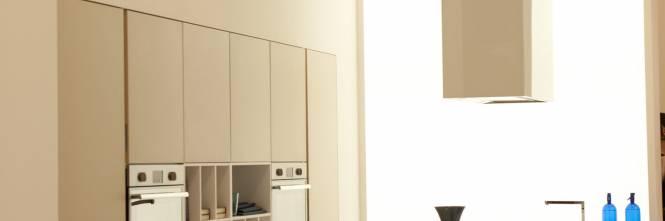 Salone Del Mobile Spazi Espositori : Il design trasforma la cucina accogliente e multifunzione