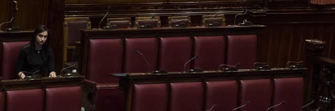 Dl casa maggioranza nel caos manca per tre volte il for Numero deputati alla camera