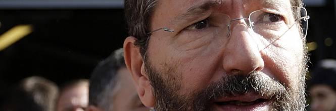 ... Luigi Fucito, rientrando in Campidoglio, ha risposto a chi gli domandava se il sindaco fosse in procinto di dimettersi per il caso multe che ha ... - 1415599208-ipad-233-0