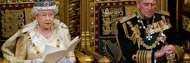 20423be284210 Se da una parte potrebbe scegliere di trascorrere molto del suo tempo a  crogiolarsi nelle 700 stanze del Palazzo reale