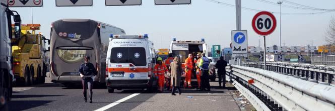 Incidente sulla A4, coinvolto un pullman 1