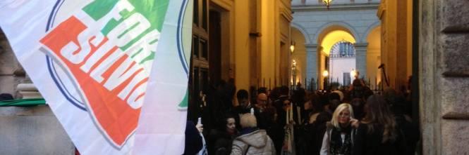 Berlusconi tra i sostenitori a Palazzo Grazioli 1