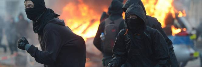 Blockupy, scontri a Francoforte 1